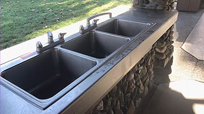 Hovander Group Picnic Shelter Sinks