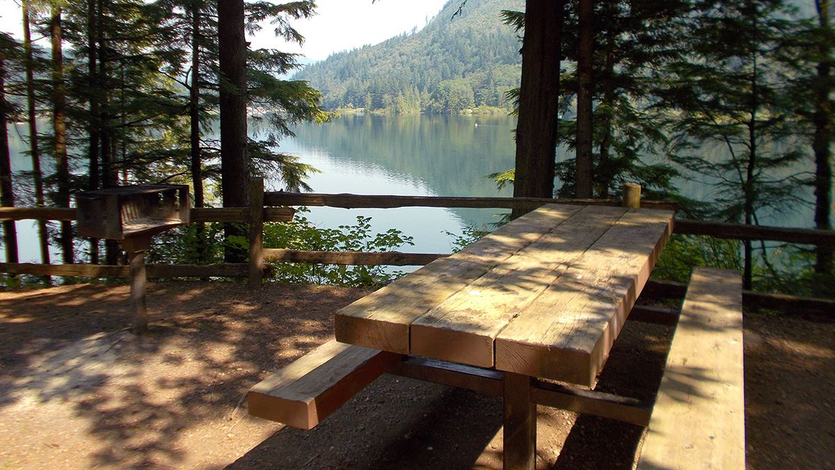 Silver Lake Summer Picnic Table